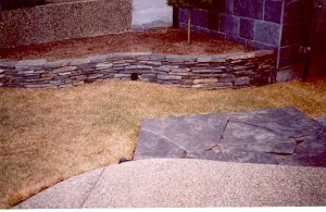 Rundle Stone Curved Flower Bed Retaining Wall & Rundle Stone Sidewalk